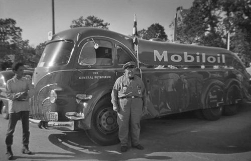 Mobil oil delivery truck