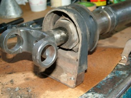 1962 Cadillac center bearing support