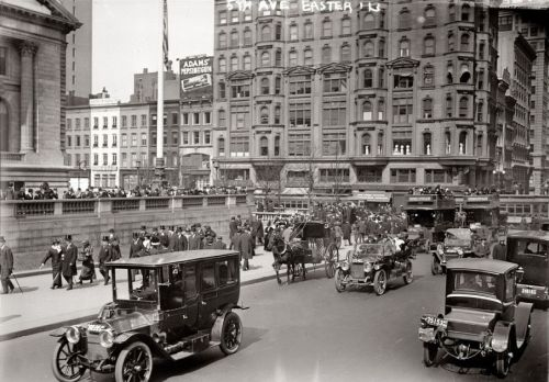 1913 Easter Sunday NYC.