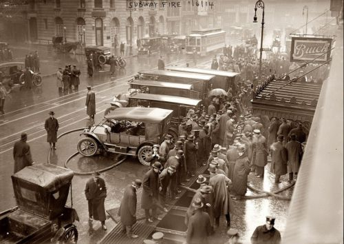 1915 Subway fire  NYC